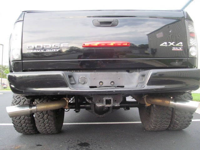 Dc D on 2004 Dodge Ram 3500 Tailights