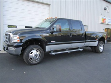 2005 Ford F-350 Super Duty XLT Truck