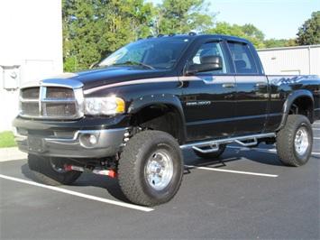 2004 Dodge Ram 2500 SLT Truck