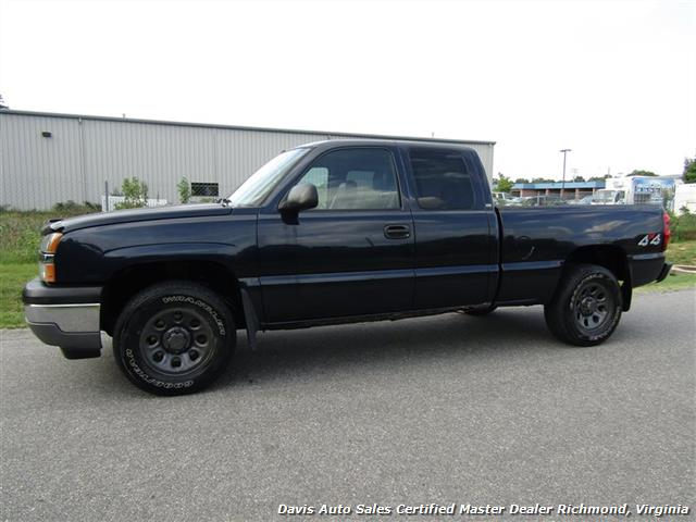 2005 Chevrolet Silverado 1500 LT 4X4 Vortec Extended Cab Short Bed Work - Photo 2 - Richmond, VA 23237