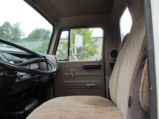 1987 NAVISTAR DIESEL S1700 - Photo 16 - Richmond, VA 23237