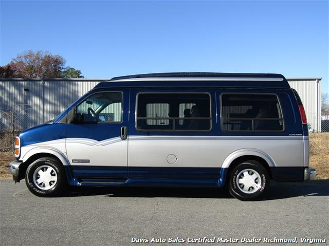 2000 GMC Savana Cargo G 1500 High Top Custom Auto Form Conversion - Photo 2 - Richmond, VA 23237