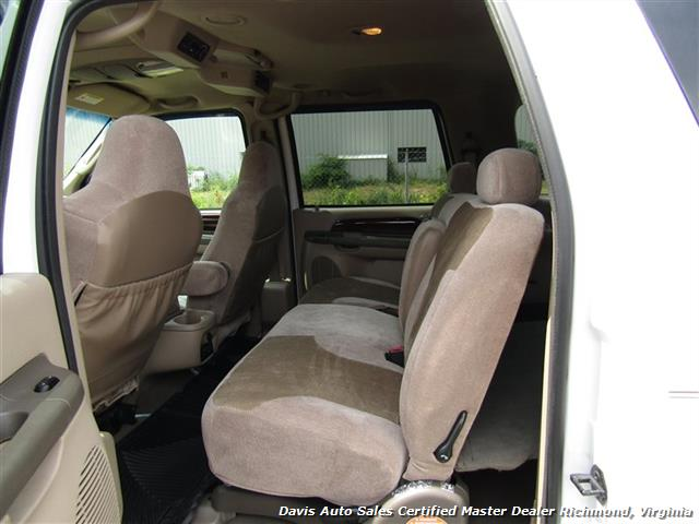 2004 Ford Excursion Eddie Bauer Limited 4X4 Fully Loaded Family - Photo 23 - Richmond, VA 23237