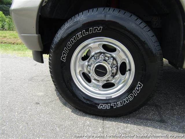 2004 Ford Excursion Eddie Bauer Limited 4X4 Fully Loaded Family - Photo 10 - Richmond, VA 23237