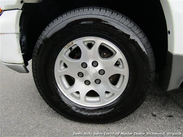 2002 Chevrolet Suburban 1500 Z71 LT Loaded - Photo 9 - Richmond, VA 23237