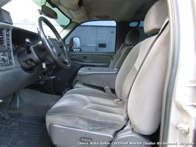 2005 GMC Sierra 2500 HD SLT Duramax Diesel LLY 4X4 Crew Cab Short Bed - Photo 16 - Richmond, VA 23237