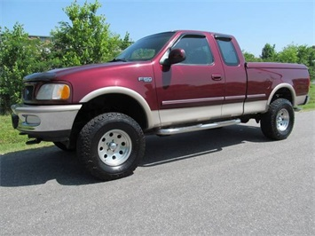 1997 Ford F-150 XLT Truck