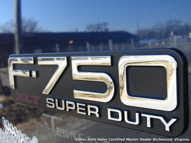 2006 Ford F-750 Super Duty Lariat Caterpillar Diesel Super Crewzer Crew Cab Long Bed - Photo 31 - Richmond, VA 23237