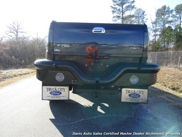 2006 Ford F-750 Super Duty Lariat Caterpillar Diesel Super Crewzer Crew Cab Long Bed - Photo 4 - Richmond, VA 23237