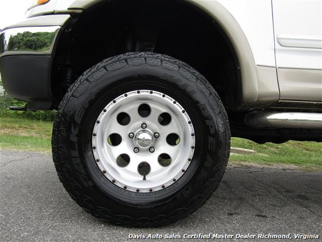 2001 Ford F-150 Lariat Lifted 4X4 SuperCrew Short Bed - Photo 10 - Richmond, VA 23237