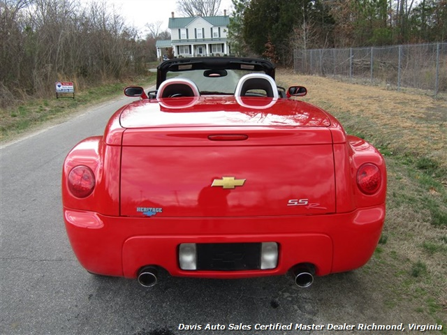 2004 Chevrolet SSR LS Limited Edition Convertible - Photo 32 - Richmond, VA 23237
