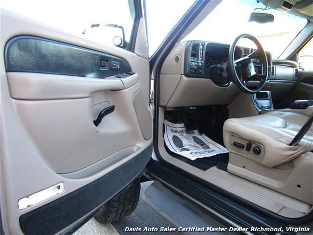 2002 Chevrolet Avalanche LT 1500 Z71 Lifted 4X4 Crew Cab Short Bed SUV - Photo 4 - Richmond, VA 23237