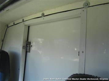 1996 Ford E-350 Econoline 14 Foot Commercial Work Box Van - Photo 16 - Richmond, VA 23237
