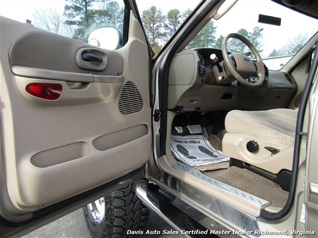 2003 Ford F-150 XLT Lifted 4X4 Super Crew Cab Short Bed Loaded - Photo 5 - Richmond, VA 23237