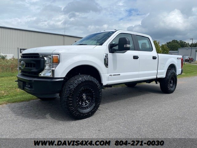 2020 Ford F-250 Superduty Crew Cab Short Bed 4 photo