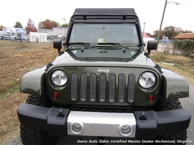 2008 Jeep Wrangler Unlimited Sahara Lifted 6 Speed Manual 4X4 Loaded - Photo 13 - Richmond, VA 23237