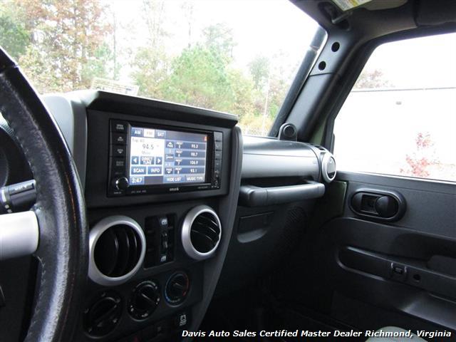2008 Jeep Wrangler Unlimited Sahara Lifted 6 Speed Manual 4X4 Loaded - Photo 16 - Richmond, VA 23237