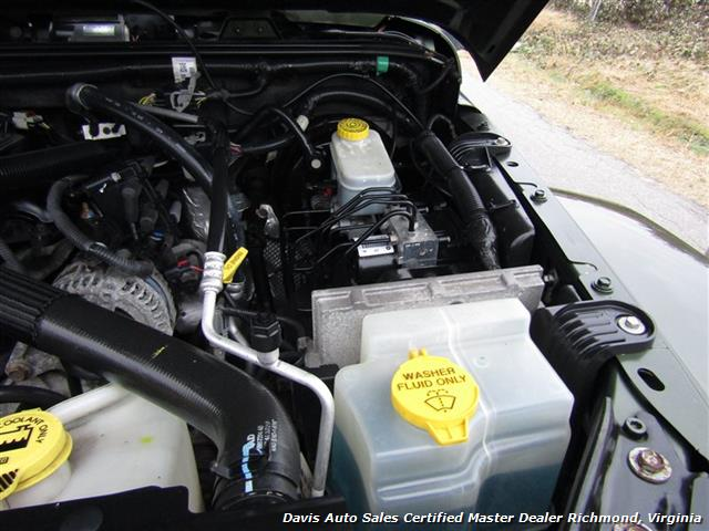 2008 Jeep Wrangler Unlimited Sahara Lifted 6 Speed Manual 4X4 Loaded - Photo 30 - Richmond, VA 23237