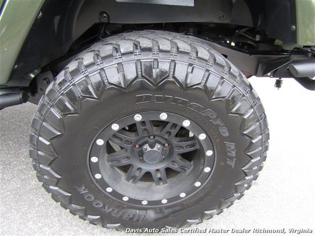2008 Jeep Wrangler Unlimited Sahara Lifted 6 Speed Manual 4X4 Loaded - Photo 10 - Richmond, VA 23237