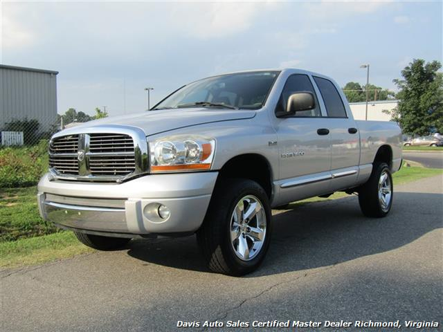 2006 Dodge Ram 1500 SLT 4X4 Hemi Crew Quad Cab Short Bed - Photo 1 - Richmond, VA 23237