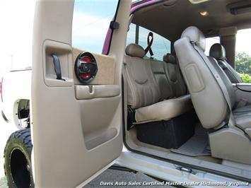 2003 Chevrolet Silverado 2500 HD LT 4X4 Lifted Quad Extended Cab Short Bed - Photo 17 - Richmond, VA 23237