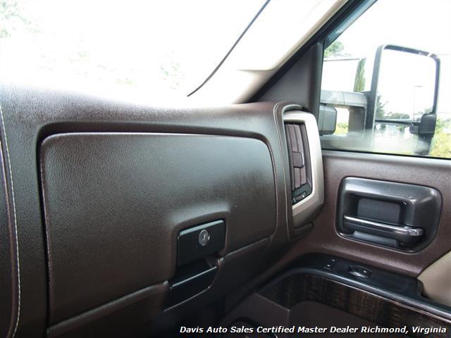 2015 GMC Sierra 3500 Denali 6.6 Duramax Diesel 4X4 Dually Crew Cab LB - Photo 24 - Richmond, VA 23237