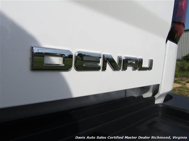 2015 GMC Sierra 3500 Denali 6.6 Duramax Diesel 4X4 Dually Crew Cab LB - Photo 17 - Richmond, VA 23237