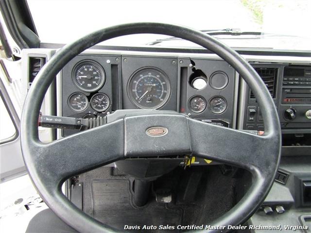 1995 Ford F700 CF7000 Cargo Series Diesel Roll Up 24 Foot Box Truck Van - Photo 7 - Richmond, VA 23237