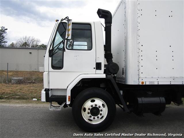1995 Ford F700 CF7000 Cargo Series Diesel Roll Up 24 Foot Box Truck Van - Photo 11 - Richmond, VA 23237