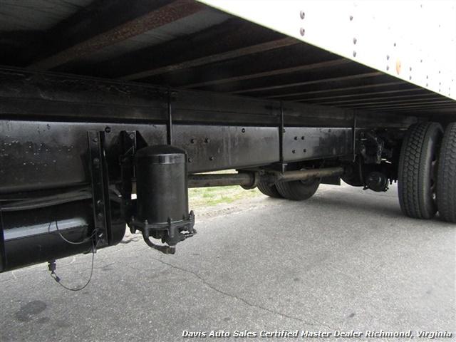 1995 Ford F700 CF7000 Cargo Series Diesel Roll Up 24 Foot Box Truck Van - Photo 14 - Richmond, VA 23237