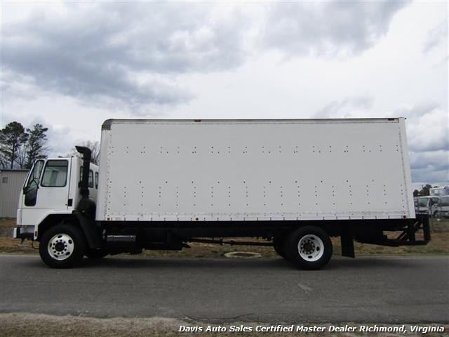 1995 Ford F700 CF7000 Cargo Series Diesel Roll Up 24 Foot Box Truck Van - Photo 2 - Richmond, VA 23237