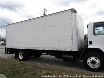 1995 Ford F700 CF7000 Cargo Series Diesel Roll Up 24 Foot Box Truck Van - Photo 20 - Richmond, VA 23237