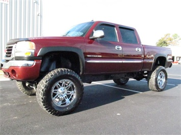 2003 GMC Sierra 2500 SLT Truck