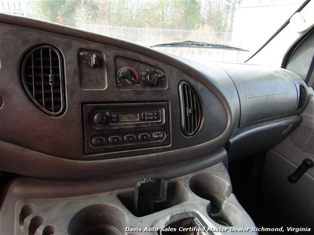 2005 Ford E-Series Van E-450 Super Duty Diesel 15 Foot Box Work Lift Gate - Photo 15 - Richmond, VA 23237