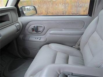 2000 Chevrolet K3500 Truck