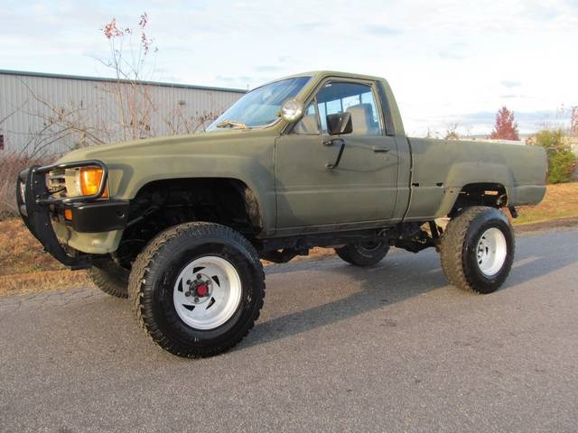 1986 Toyota Pickup Sold