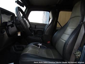 1999 Jeep Wrangler Sport SE 4X4 Manual Soft Top Off Road 4 Cylinder - Photo 6 - Richmond, VA 23237