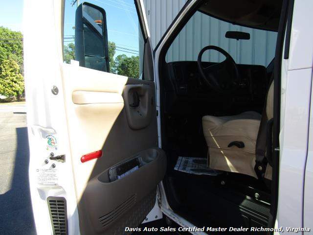 2005 Chevrolet C4500 Kodiak Duramax Diesel Crew Cab Hauler - Photo 14 - Richmond, VA 23237
