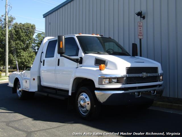 2005 Chevrolet C4500 Kodiak Duramax Diesel Crew Cab Hauler - Photo 2 - Richmond, VA 23237