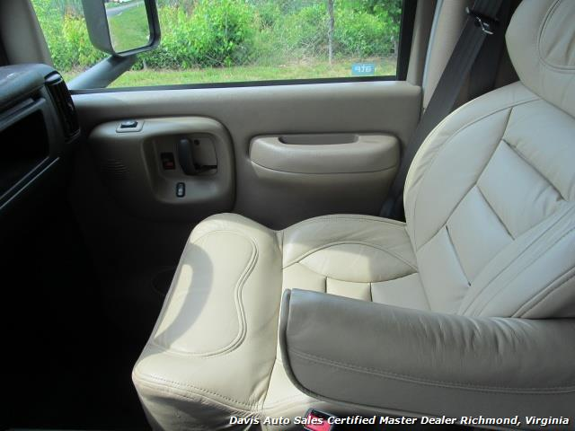 2005 Chevrolet C4500 Kodiak Duramax Diesel Crew Cab Hauler - Photo 28 - Richmond, VA 23237