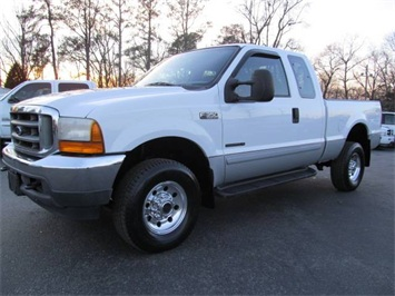 2001 Ford F-350 Super Duty XLT Truck