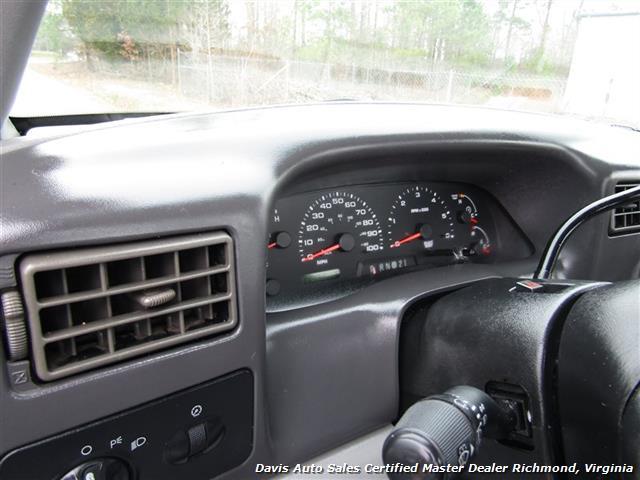 2003 Ford F-350 Super Duty XL Regular Cab Chassis Dually - Photo 14 - Richmond, VA 23237