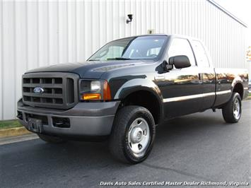 2005 Ford F-250 Super Duty XL 4X4 SuperCab Long Bed Truck