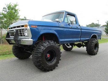 1975 Ford F250 Truck