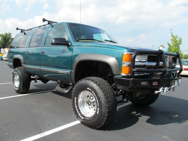 1999 Chevrolet Suburban K2500 Sold