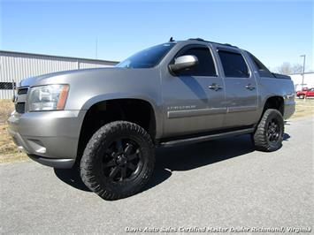 2007 Chevrolet Avalanche LTZ 1500 Lifted 4X4 Crew Cab Short Bed Truck