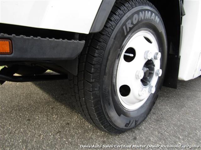 2011 Isuzu NPR Diesel Cab Over Supreme 12 Foot Work Box Van - Photo 18 - Richmond, VA 23237