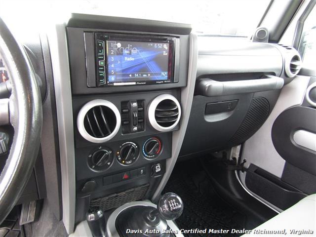 2010 Jeep Wrangler Unlimited Sport Lifted 4X4 Off Road Modified - Photo 17 - Richmond, VA 23237
