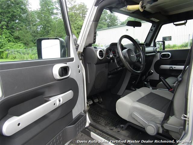 2010 Jeep Wrangler Unlimited Sport Lifted 4X4 Off Road Modified - Photo 6 - Richmond, VA 23237