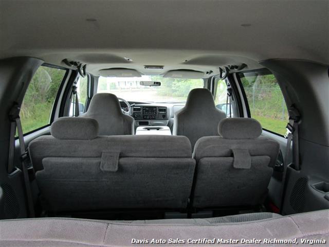 2002 Ford Excursion XLT 4X4 7.3 Power Stroke Turbo Diesel 9 Passenger - Photo 29 - Richmond, VA 23237